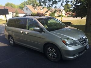 new price 2005 Honda Odyssey - loaded, 8-seater