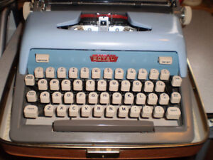 Royal Futura 800, late 50s, portable manual typewriter