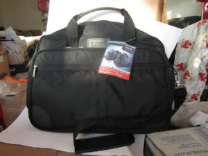 Brand New Lucas 15.6-inch Laptop and Tablet Bag with tag