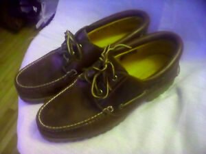 Men's Size 10.5 Timberland Deck Shoes Like New