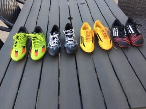 Chaussures de Soccer junior pointure Youth Soccer shoes 4 pairs