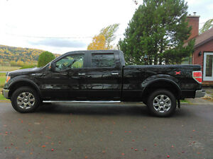 Impeccable Ford F-150 2013 Camion supercrew  bas millage échange