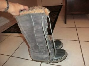 GREY SOREL  Winter Waterproof Boots Size 9