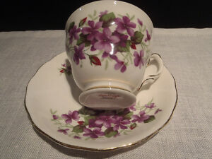 Antique Bone China Teacups and Saucers Kitchener / Waterloo Kitchener Area image 1