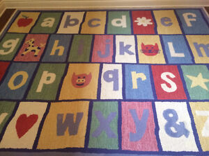 """Pottery Barn """"ABC"""" Wool Rug for Playroom/Kid's room West Island Greater Montréal image 1"""