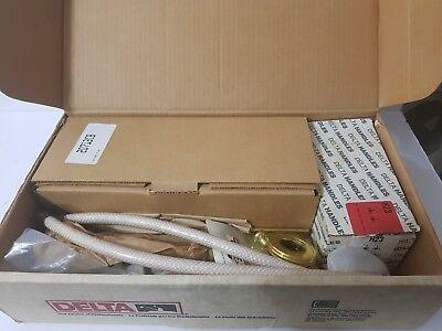 DELTA 3583-CBLHP  Two Handle Widespread chrome   brass c-spout LESS (C-spout Two Handle)
