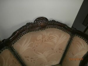 Victorian arm chair Kitchener / Waterloo Kitchener Area image 2