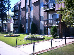 Amber Court Apts - Renovated 1&2 BDR -  Great 124 Street!