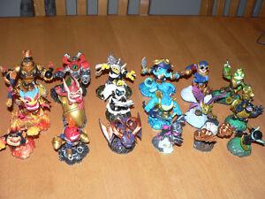 Syklanders Swap Force Wii + 18 figurines et cartes Gatineau Ottawa / Gatineau Area image 1