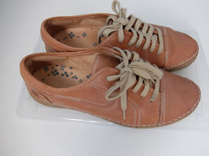 Naturalizer - brown sneakers [size 8.5 wide]