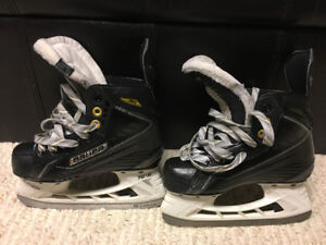 """Hockey Skates, Bauer 160 with """"Super Feet"""" insoles."""
