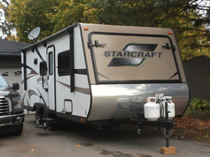 2016 Starcraft 229TB Hybrid with 3 tipouts