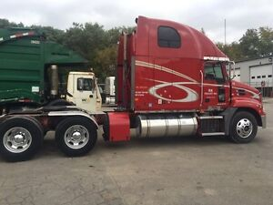 2008 Mack CXU613 pinnacle London Ontario image 3