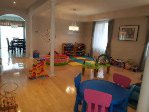 Home Daycare & Drop in Babysitting