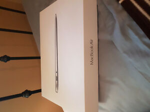 2015 Macbook Air 13inches 128G with box Stratford Kitchener Area image 3