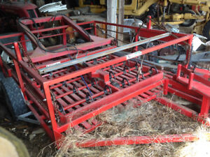 USED HAY ACCUMULATOR WITH GRAPPLE FOR TRACTOR