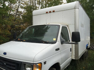 2002 CUBE VAN WITH 7.3 DIESEL ENGINE AND STRONG INVERTER