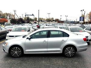 2014 JETTA***HIGHLINE***MINT***LOW KMS***