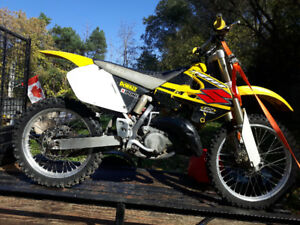 Mint bike $2400 or trade for 250 or 4x4 atv