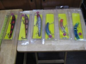 6 brand new muskie pike etc... big fish lures. never used. firm