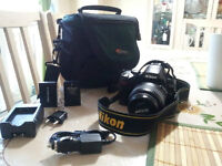 Nikon D40 DSLR camera with 18-55+70-300mm Lens