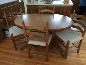 Custom made Kitchen Dining room table & chairs