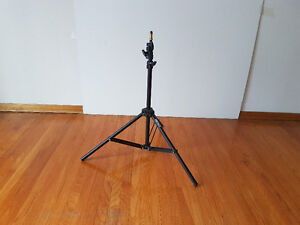 OPUS LIGHTSTAND (4-SECTION) FOLDED 24""