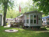 1999 12'X40' Huron Ridge Villa Four Season Park Model