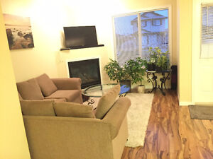 BEAUTIFUL 3B 2.5BATH TOWNHOUSE IN NEWER PART OF TOWN - BRINTNELL