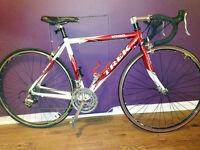 Très beau vélo de route TREK 1000 en alu à saisir !