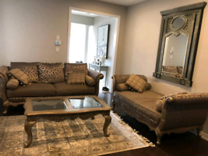 Designer Vintage Style Sofa Set
