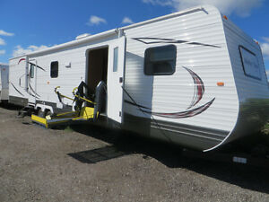 2 BEDROOM ACCESSIBLE TRAVEL TRAILER