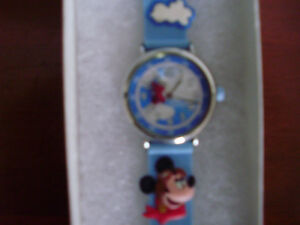 Child's Disney Mickey Mouse Analog Watch for Sale Cambridge Kitchener Area image 3