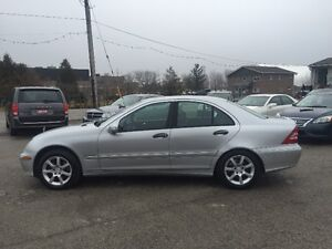 2005 MERCEDES  AWD LIMITED LEATHER SUNROOF CERTIFIED & E-TEST London Ontario image 12