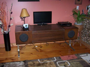 Wanted -- Vintage Electrohome Console Stereo Circa 701