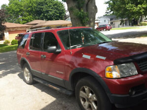 2004 Ford Explorer! *Good Condition*