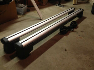 New genuine  Audi Q5 roof rack cross rails Regina Regina Area image 1