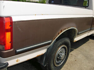 "Parting Out - 93 F50 2WD 460 EFI, Auto, 10.25"" 4:10 Posi Cambridge Kitchener Area image 6"