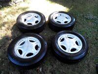 4 MAG 15 po 5x108 (4 po 1/4) avec pneus Micheline MXV4 205/65R15
