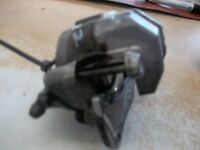 YAMAHA 550 or 700 GRIZZLY REAR BRAKE CALIPER < LIKE NEW !