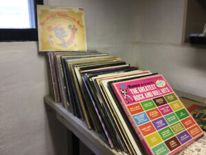 """records in great shape. LP's  (172) 45""""s (254), 78""""s (27)"""