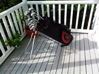 Mens RIGHT HAND 12pc set of  Golf Clubs & bag 578-3459