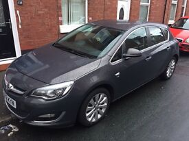 VAUXHALL ASTRA 1.6 TURBO. 2012 PLATE - IMMACULATE CONDITION