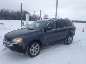 2006 Volvo XC90 AWD 7 passenger, Leather,Sunroof...$2900 firm