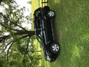 2009 FORD ESCAPE XLT FOR SALE!! GREAT CONDITION