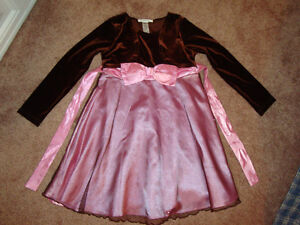 Girls special occasions dress, size 6 - Enfield