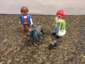Playmobil Great Dane with puppy dog set