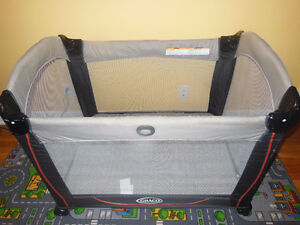 Graco Pack n Play Bassinet/