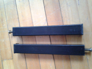 PAIRE METAL SOFA BED LEGS 22CM /8,5 INCHES EACH