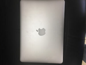 Mac Book pro 13 inch Retina display early 2015 core i5